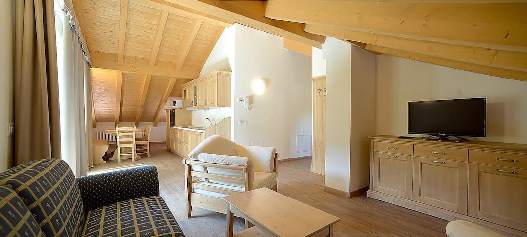 Mansarda est - Mezzana - Квартира