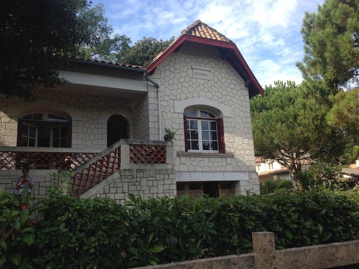 belle villa à Saint-Palais sur mer