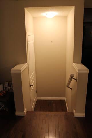 Comfortable Residence - Calgary
