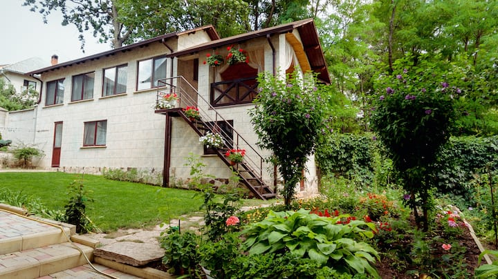 White Valley entire Guest House near Forest 🌲🌳