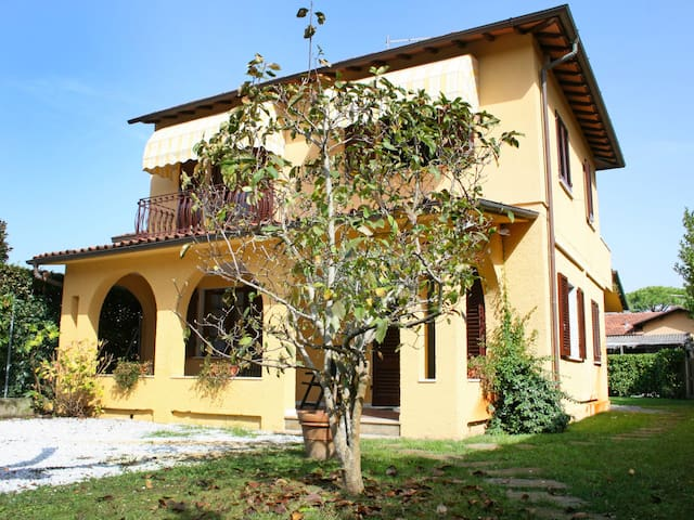 Villa Alessandro for 6 persons