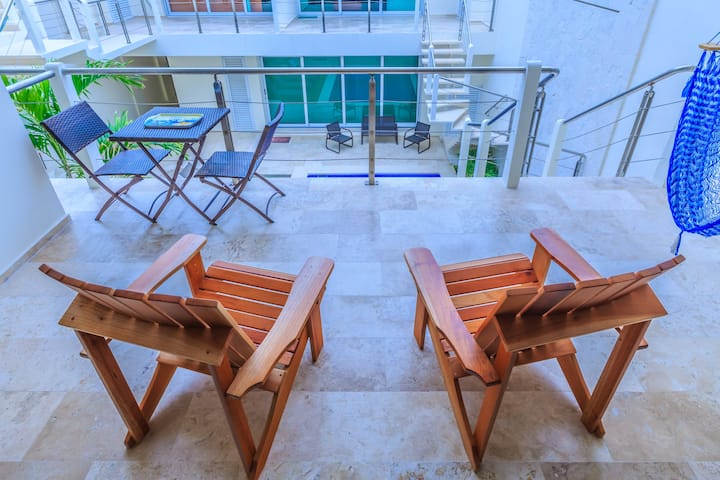1.5 Bedrooms, Full Kitchen, Pool, Privacy Gate