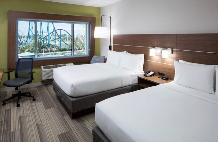 Full Service New Hotel Room Near DISNEYLAND