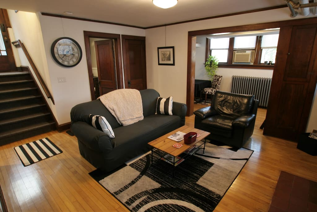 1 Bedroom Garden Flat Near Atwood Neighborhood Apartments For Rent In Madison Wisconsin