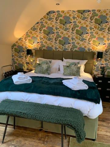 No33 Thornham - Suite 4