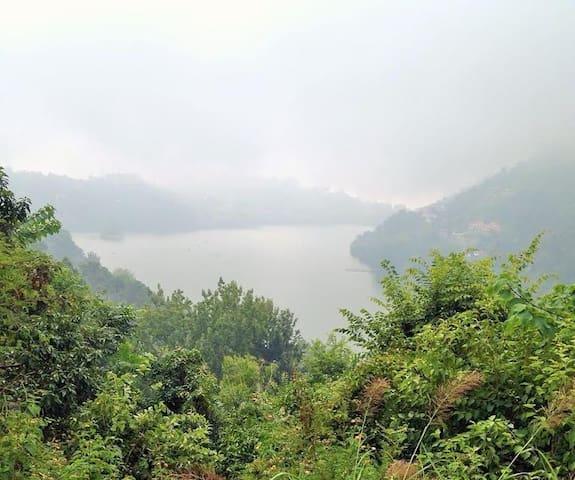 Lake View Farmhouse - Bhimtal - Pensione