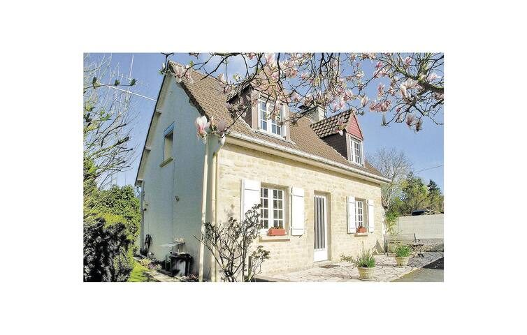 Holiday cottage with 2 bedrooms on 145m² in Blosville