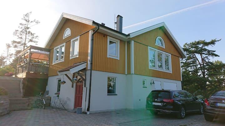 Rymligt fräscht boende i närheten av Stockholm