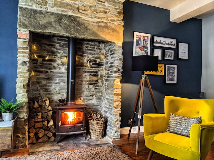 Cosy cottage in Edenfield, Ramsbottom
