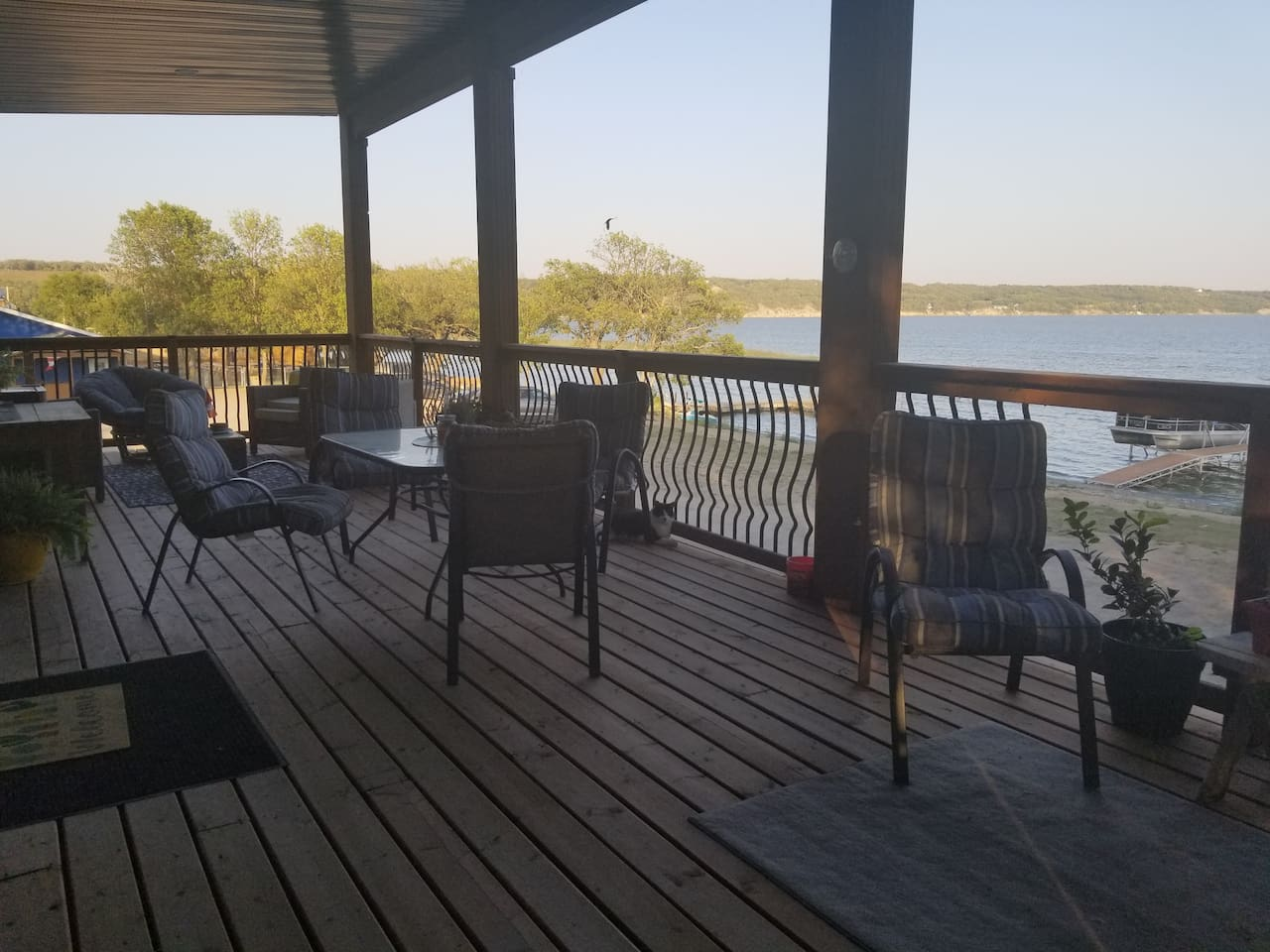 The amazing deck and amazing view!