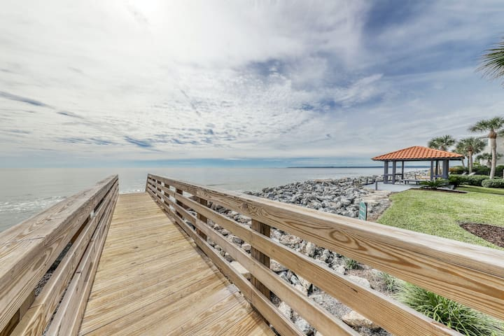Best of indoor & outdoor living w/ a balcony & deck - walk to East End Beach!