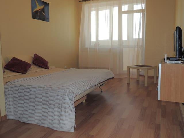 Светлая квартира со всеми удобствами - Perm' - Appartement