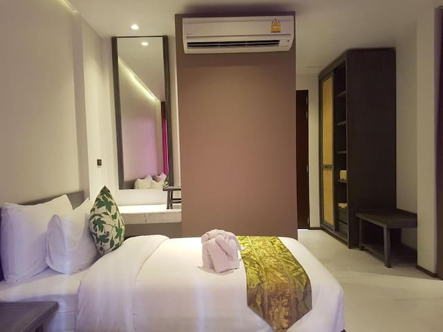 Koh Phangan Standard Room (30 sqm)