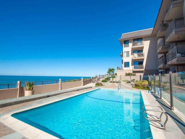 Oceanview condo in resort-like Del Mar Beach Club