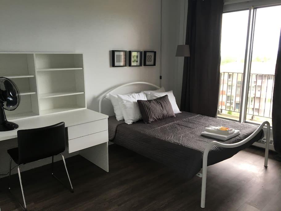 Chambre avec lit double (2x)