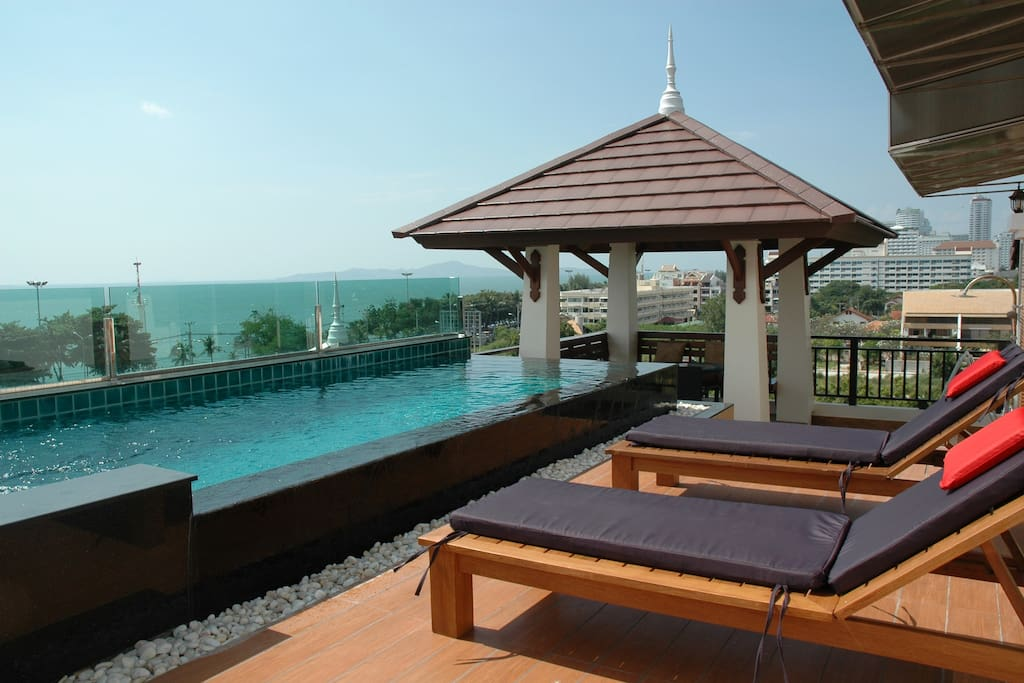 Private pool terrace overlooking the beach