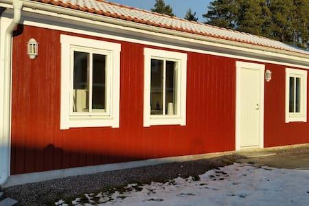 15min to Arlanda Airport small house - Märsta