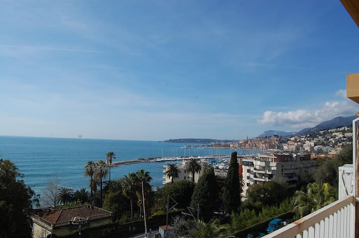 57 - 2rooms for 5 persons in front of the sea with parking lot and terrace in quiet place - MENTON - Wohnung