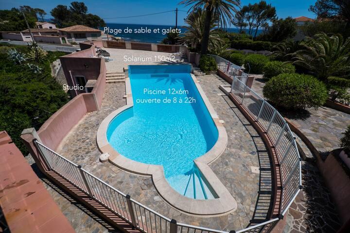studio neuf avec piscine et plage