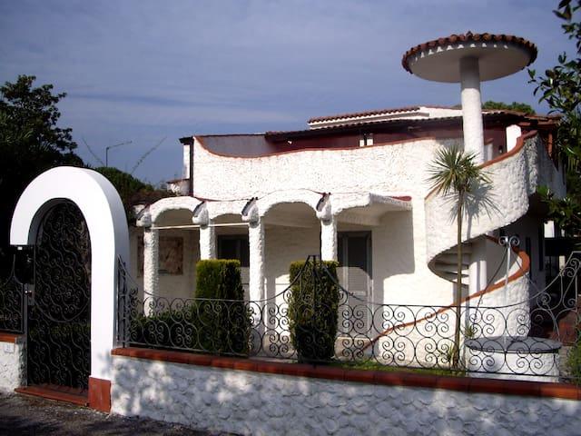 Villa il Tuffatore - Paestum (Cilento) - Laura - Byt