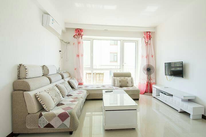 山海广场~免费私人专属停车位~空调精装日租家庭公寓房wifi - Yingkou Shi - Apartment