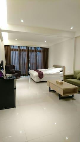 精致雙人房(一張標準雙人床) - 羅東鎮 - Apartamento