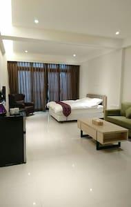 精致雙人房(一張標準雙人床) - 羅東鎮 - อพาร์ทเมนท์