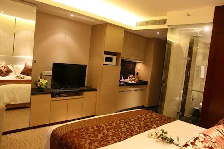 舒适住房,美景美食,尽收眼底。体验不一样的生活方式。 - Huainan - House
