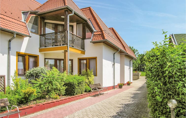 Holiday apartment with 2 bedrooms on 50m² in Balatongyörök