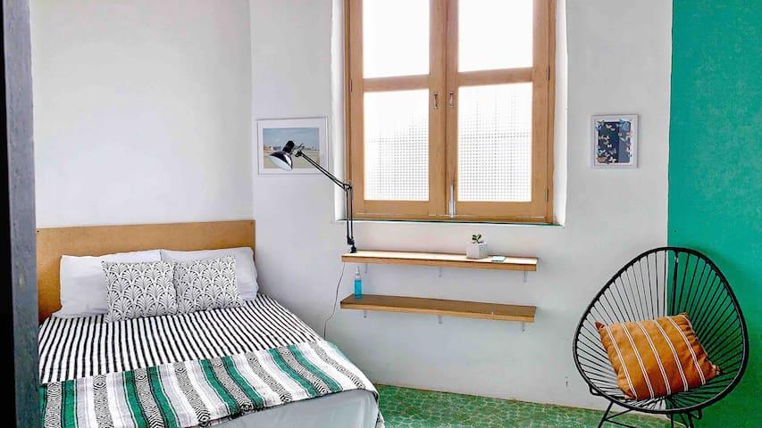 (B) Habitación PRIVADA 5 cuadras d MUSA-EXPIATORIO