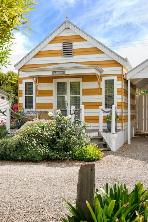 Beach Huts Middleton - Coolum Spa Hut