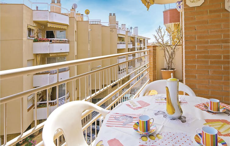 Holiday apartment with 3 bedrooms on 90m² in Pineda de Mar