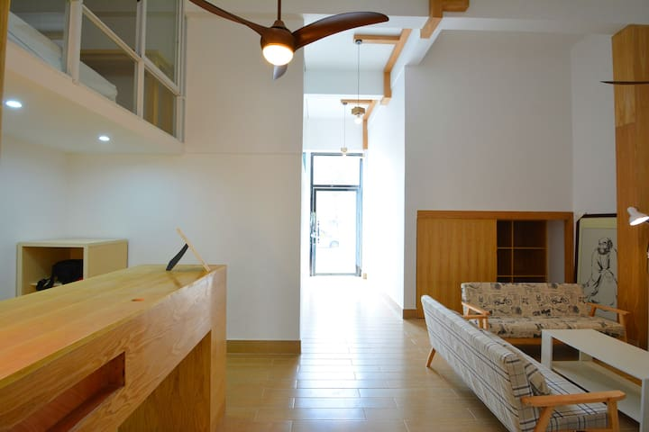 Nice and Neaty home-style motel - Beihai - Hus