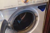 全自動洗脫烘滾筒式洗衣機