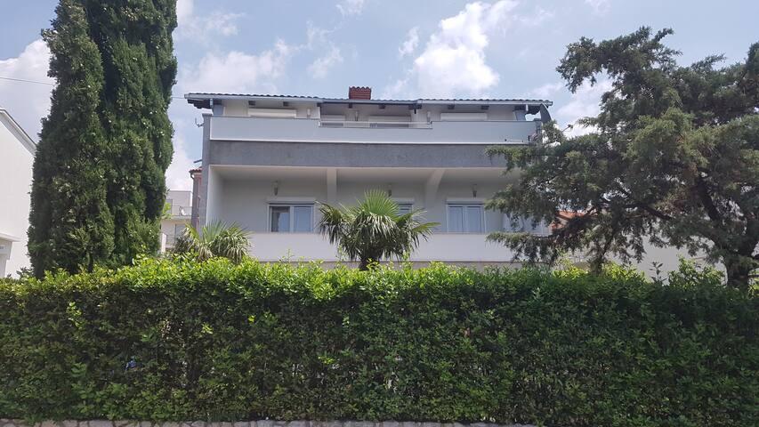 Apartments Mariva-Mariva