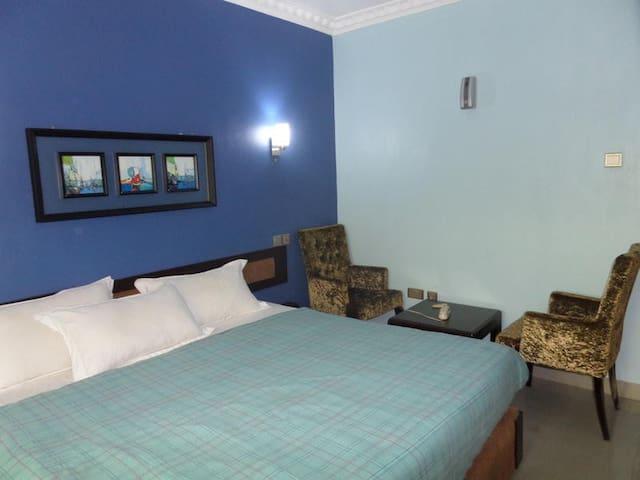 SpringHills Hotels (Ilesha) - Gold Studio