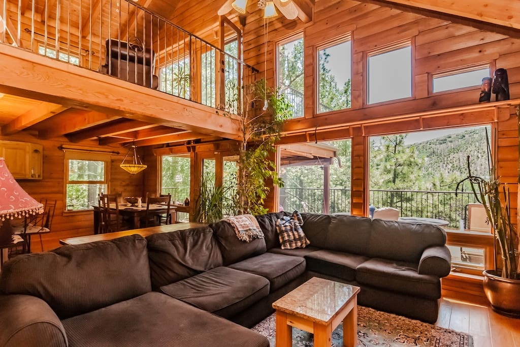 Contemporary log cabin nestled in towering pines for Airbnb cabins california
