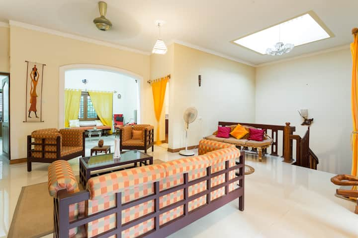 Spacious Bright Home Central Cochin - Prinsley's