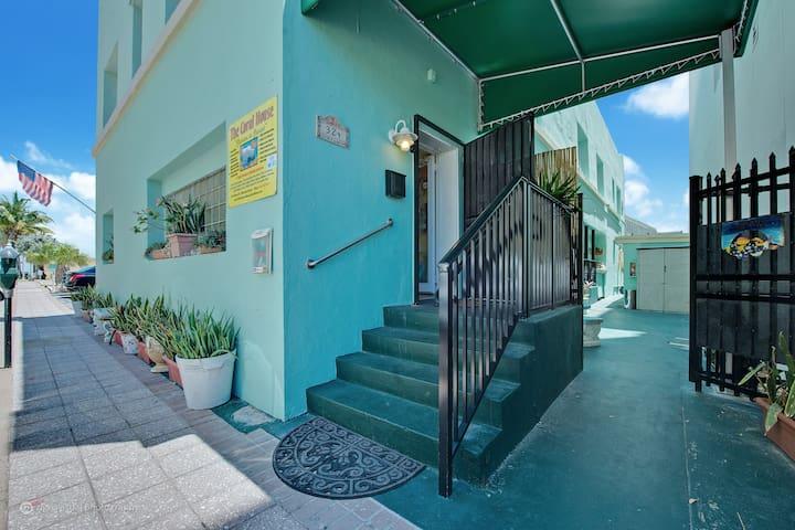 Hollywood Beach Coral House 1/1 Apt - Hollywood - Apartment