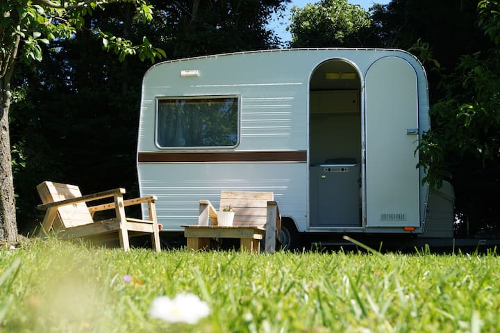 Séjour insolite caravane vintage La vie est belle