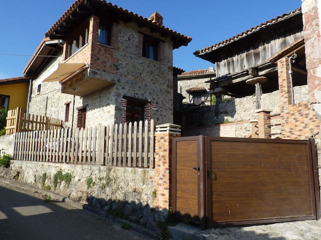 Vivienda Vacacional La Cantera - Villa - House