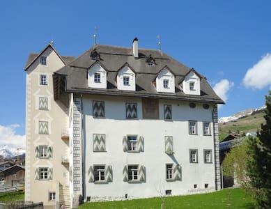 Ferien im Schloss - Lumnezia