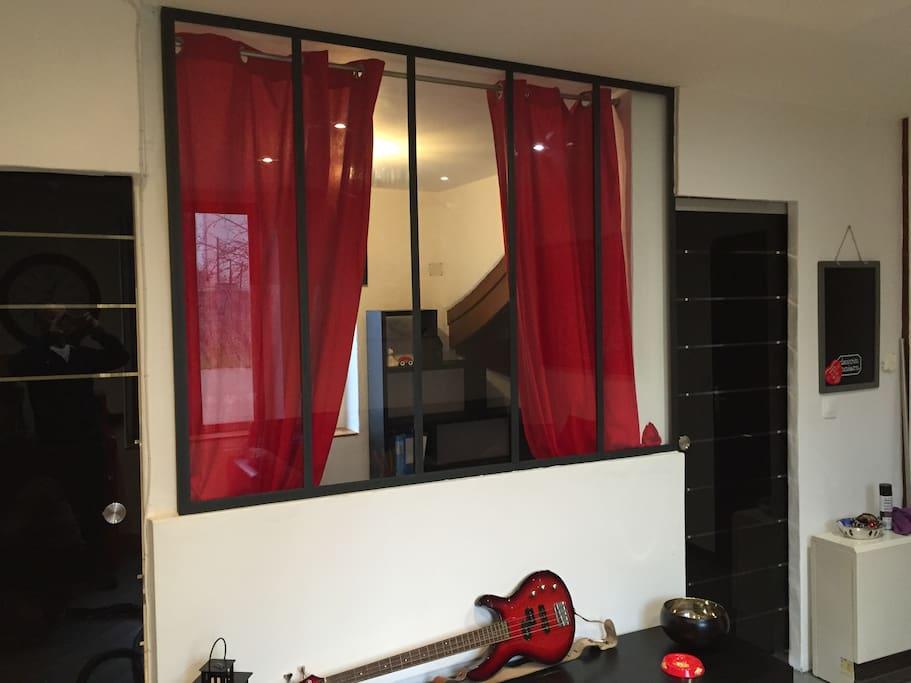 accès chambre et salle de bain