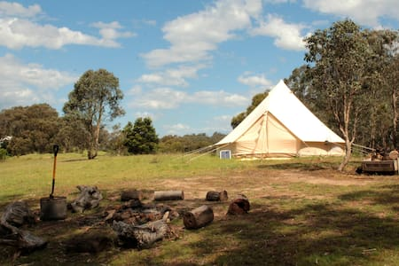 Hilltop Glamping - Camp in Luxury. - Cottles Bridge - Tent