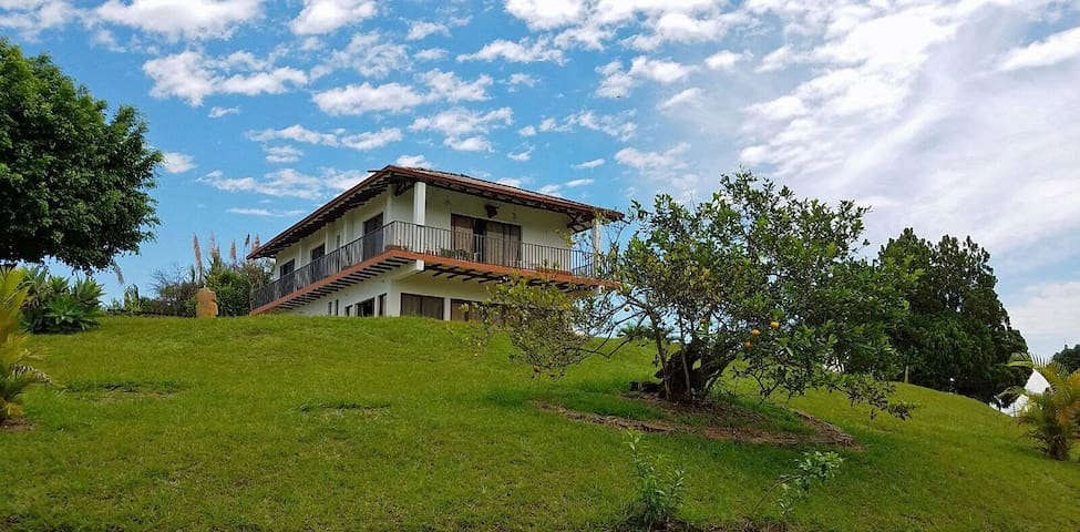 Cerritos, Country House Casa Camp. #7 Gran Cañon - Pereira - Ev