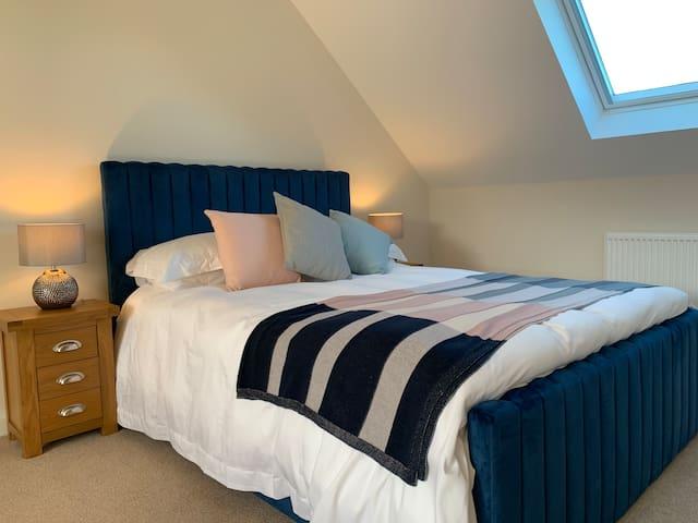 Bedroom Four - Kingsize