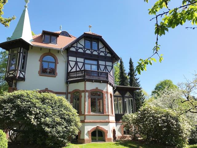 Die Villa Specht - Ihr Urlaub in einem Denkmal!