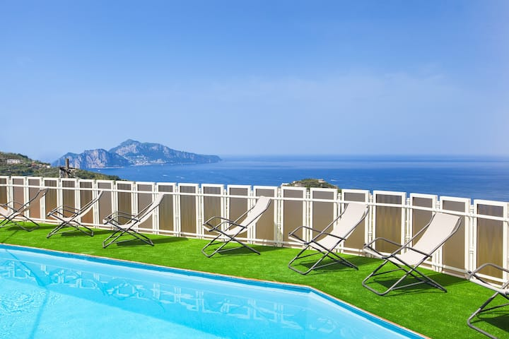 Villa Giulia with Private Pool, Sea View, Terraces and Parking