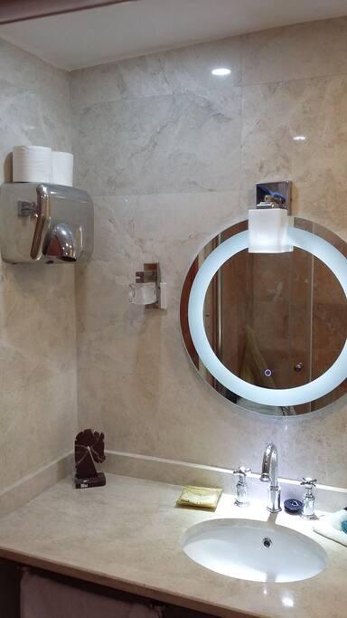 Marble Bathroom Walk in Power Shower SmartTV Integrated Hair Dryer