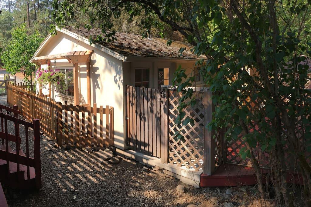Rooms For Rent Jacksonville Oregon